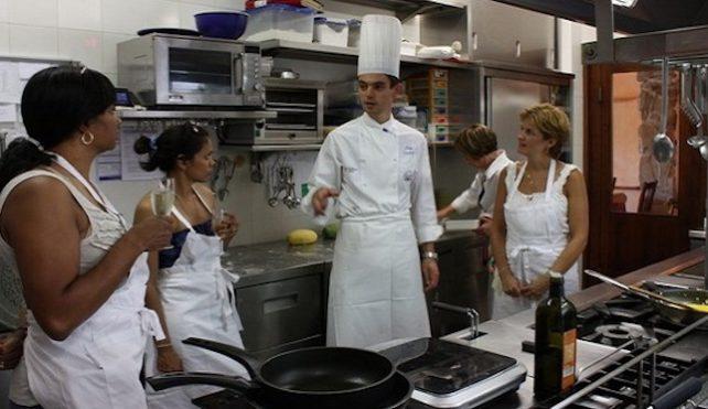 Lezioni di cucina con lo chef Luigi Gandola