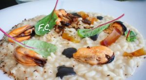 Impiattamento risotto con cozze, funghi e bottarga-Carnaroli Preciso