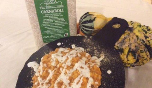 Risotto con crema di peperoni, stracciatella affumicata e liquirizia- Carnaroli Riso Testa-Cascina Grampa