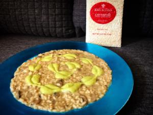 Impiattamento risotto con champignon, champignon, crema di zucchine e scamorza_ Carnaroli Buono