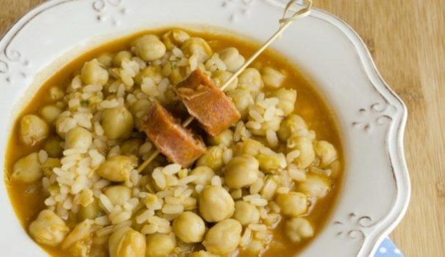 Zuppa di riso integrale e legumi