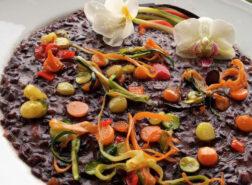 Risotto a base di Venere Sapise con verdure miste