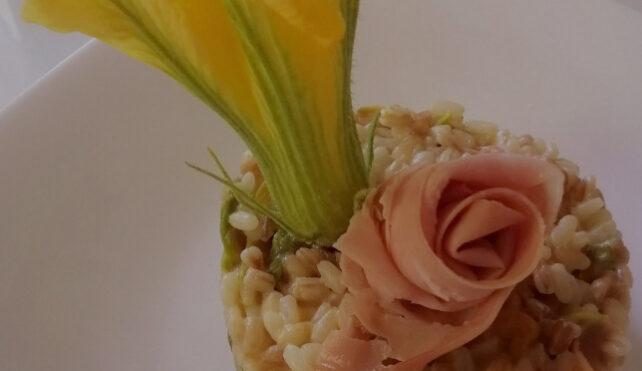 Risotto con i fiori di zucca e prosciutto cotto