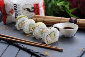 Sushi con avocado e philadelphia_Curtiriso