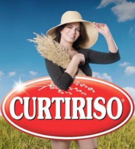 Laura Torrisi per Curtiriso