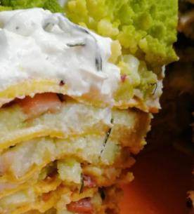 Torta di crespelle senza glutine con totani e broccolo romano